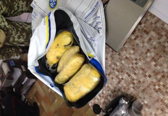 СБУ ликвидировала канал поставки наркотиков в Украину [Фото]