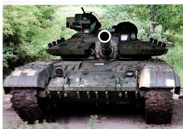 Нацгвардия Украины пополнилась первым танком, — глава МВД [Фото]