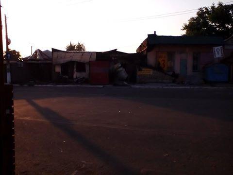 В поселке близ Горловки жителям критически не хватает продуктов питания [Фото]