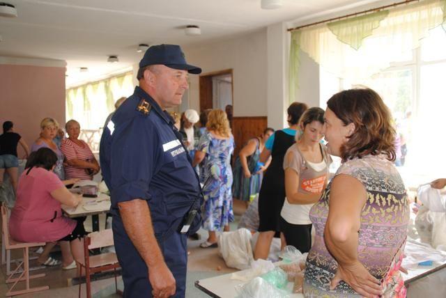 В города Горное и Попасное доставили 35 тонн украинской гуманитарной помощи [Фото]