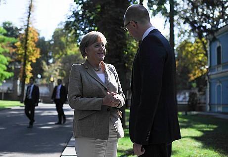 События 23 августа:Меркель в Киеве, уничтожили 500 террористов,