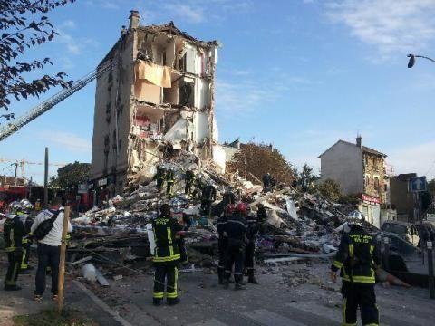 Во Франции прогремел взрыв в жилом доме: есть жертвы [Фото]