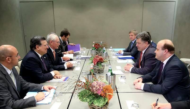 Порошенко продолжает официальные встречи в Милане [Фото]