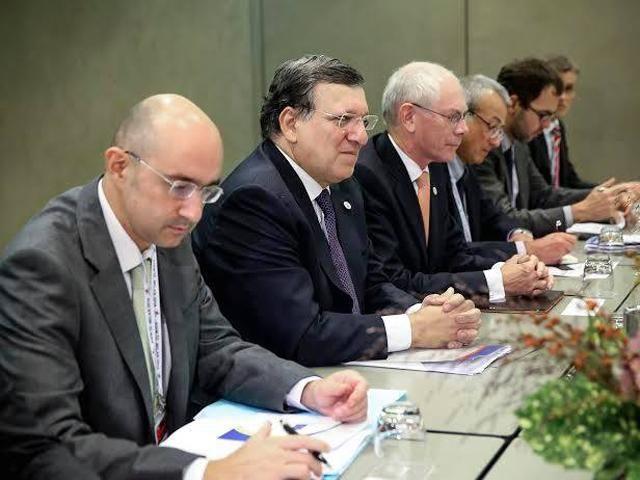 Порошенко встретился с ван Ромпеем и Баррозу