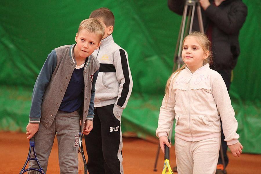 Стаховский провел мастер-класс для детей из зоны АТО [Фото, Видео]