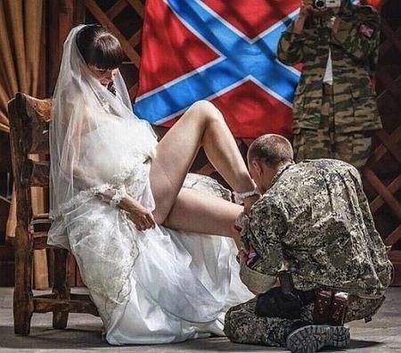 чужие жены без трусов: