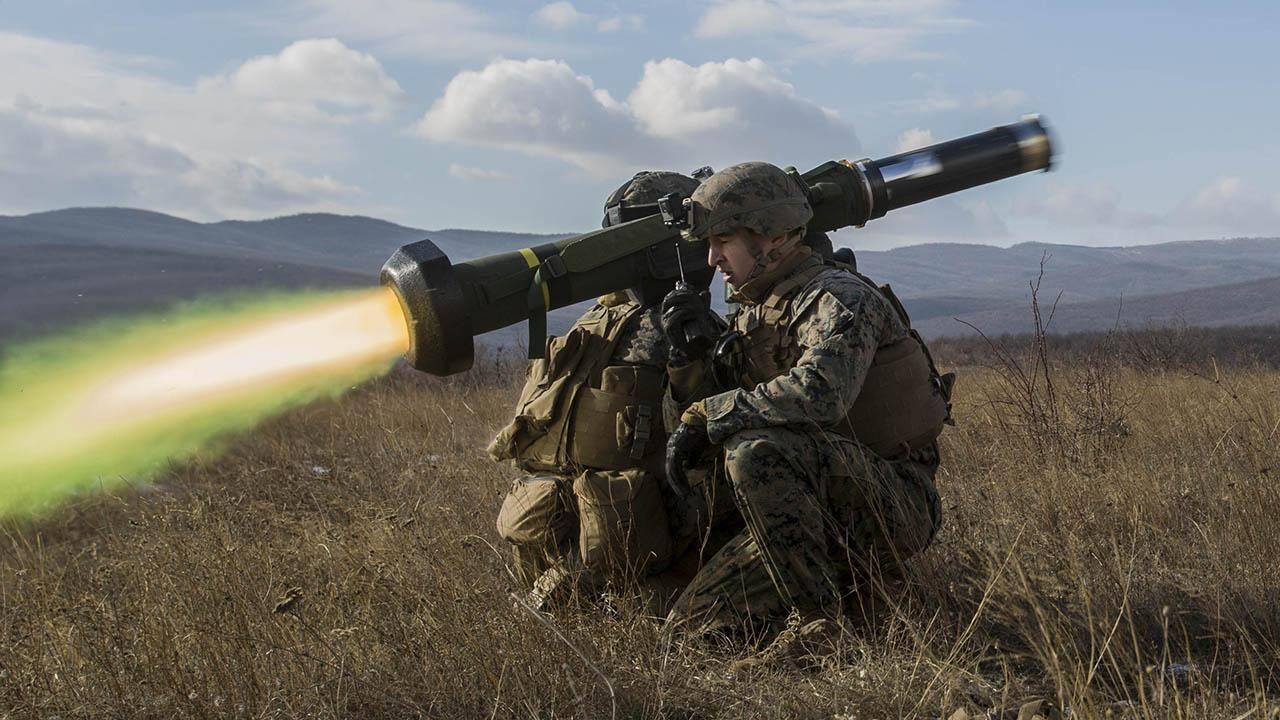 США запретили Киеву использовать Джавелины в Донбассе