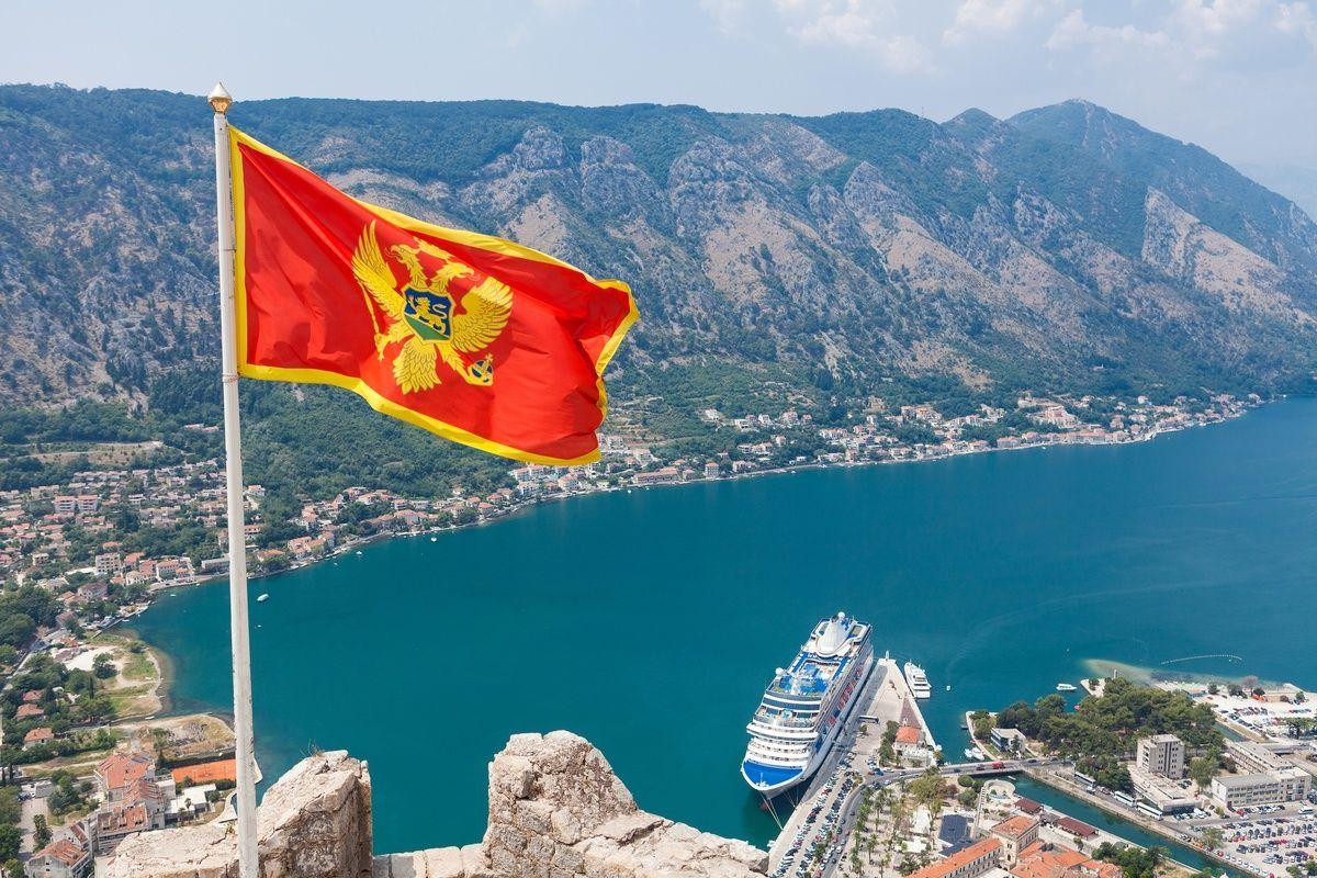 личность флаг черногории фото автомобилей свадьбу лимузины