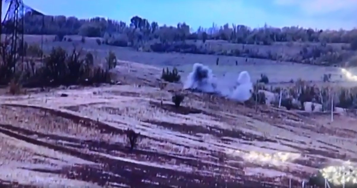economics.unian.ua Українські бійці знищили ще одну позицію бойовиків на  Донбасі  відео - 24 Канал 8be664c10efb1