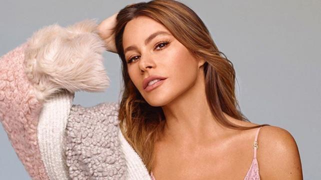 Американська актриса та модель Софія Вергара стала зіркою нової реклами нижньої  білизни Stella McCartney Lingerie в підтримку боротьби з раком грудей. 388cde0808d08