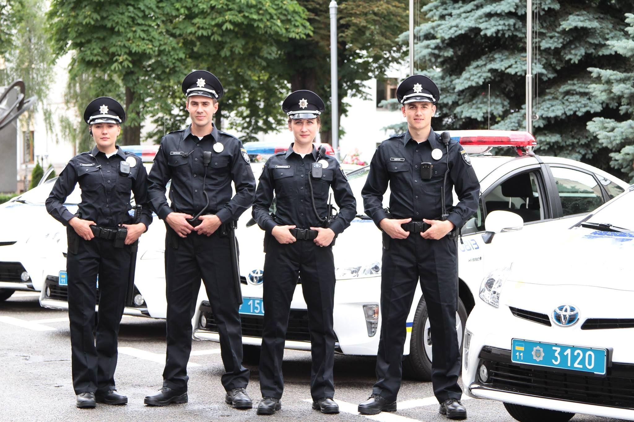 Фото новых патрульных полицейских в Сети
