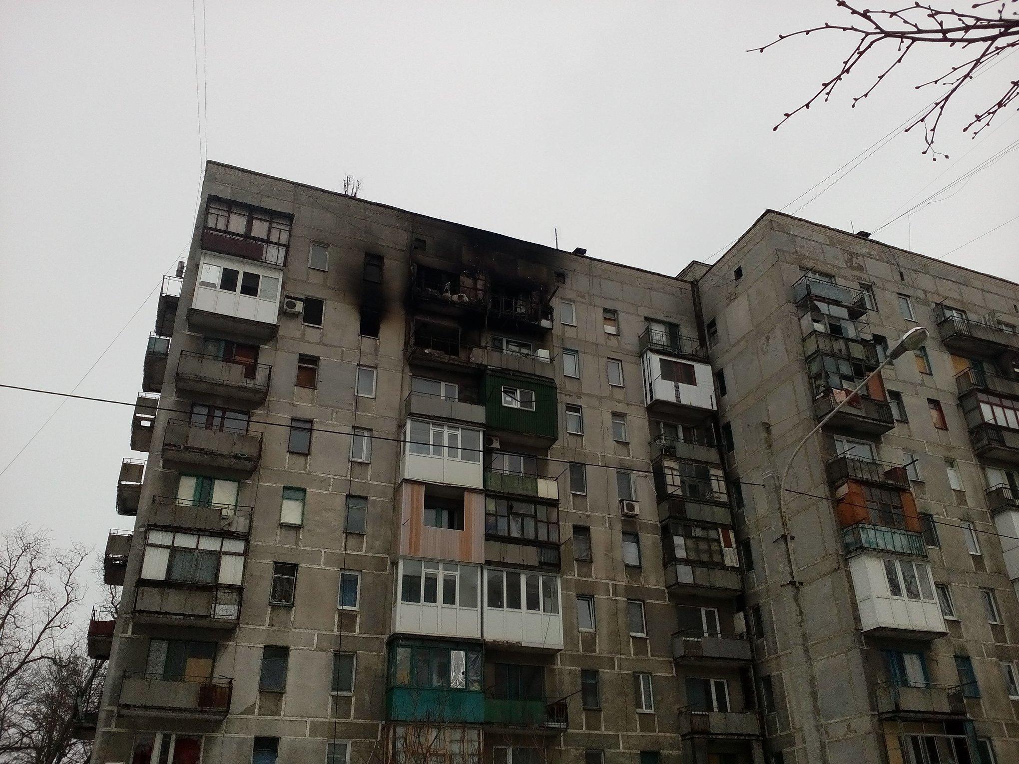 Будинок після обстрілів