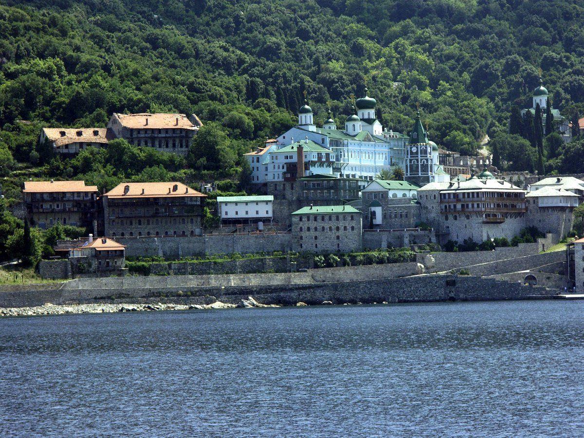 Делегацію ПЦУ не пустили до 'російського' монастиря на Афоні