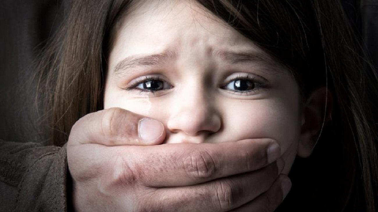 Порно Изнасилование Малолетних Девственниц