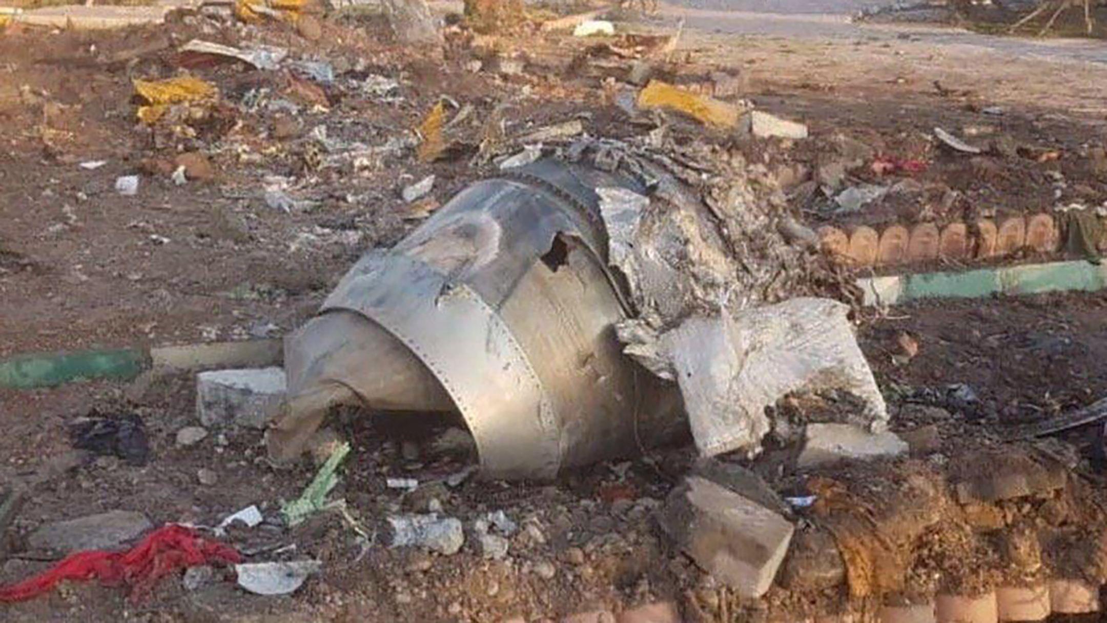 Фото всех пассажиров разбившегося самолета в сочи