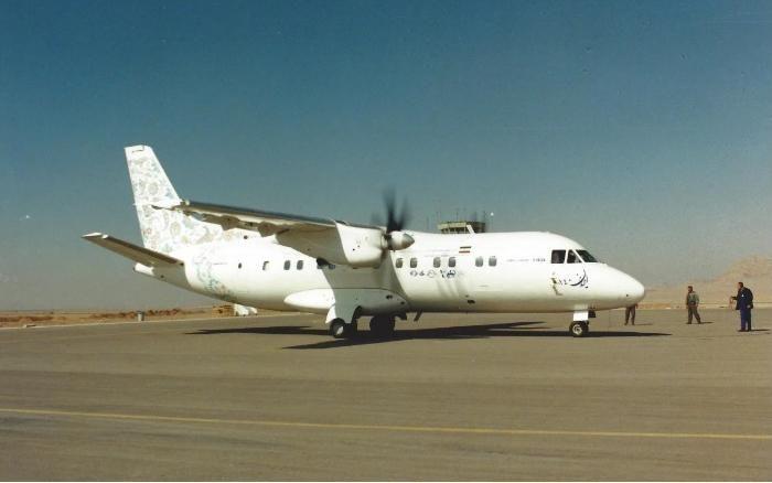 Катастрофа літака Ан-140 Іран 2002 рік