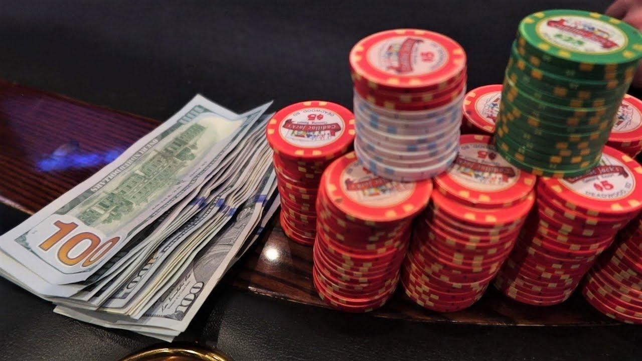 Як розбагатіти з нуля: стратегії гри у фріролах - Покер матч