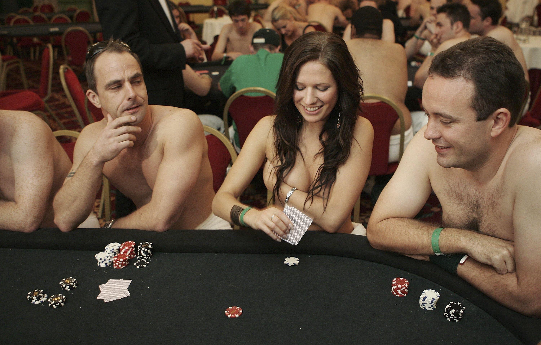 онлайн игры в покер на раздевание