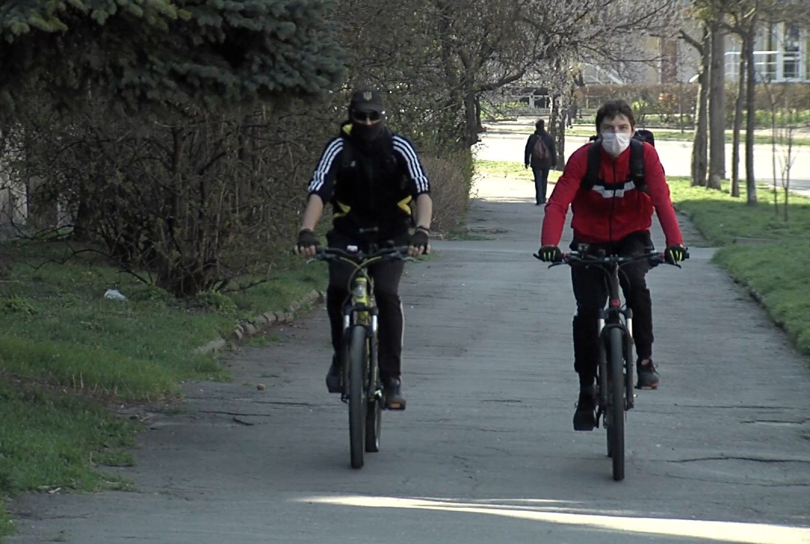 Украинцы массово перешли на электросамокаты и велосипеды во время карантина: видео - Новости Ровно - 24 Канал