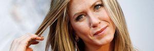 """Дуже сумно: Дженніфер Еністон пояснила, чому вкотре перенесли зйомки """"Друзів"""""""