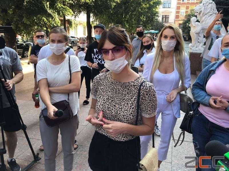 Протестувальники вимагають не посилювати карантин