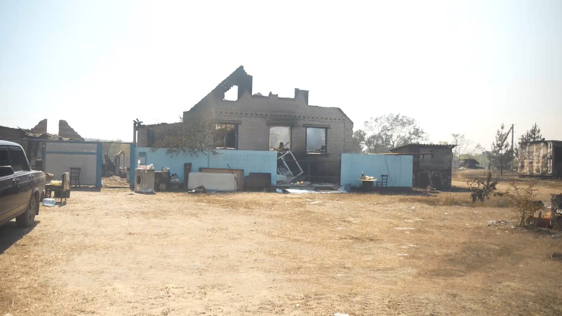 Дотла сгорели 22 дома: местные жители показали жуткие последствия пожара на Харьковщине - Новости Харькова - 24 Канал