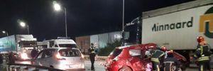 На объездной дороге Львова произошло сокрушительное ДТП, есть погибшие: видео