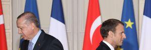 """Хай лікує психіку: Ердоган накинувся на Макрона """"через ворожість до ісламу"""""""