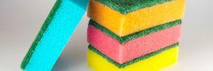 Що означає колір губок для миття посуду