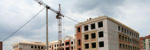 Правительство планирует выделить деньги на строительство и ремонт 300 школ в 2021 году