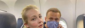 Навального по прилету задержали в Москве: где сейчас находится политик