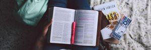 Як навчитись читати по 100 книг на рік: 7 корисних рекомендацій, щоб опанувати швидкочитання