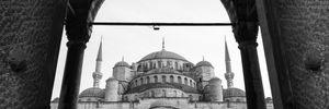 Туреччина відкриває туристичний сезон для українців: названо дату