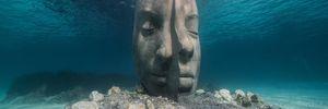 Біля берегів Франції відкрився приголомшливий підводний музей