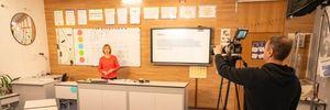 """У """"Всеукраїнській школі онлайн"""" беруть участь понад 150 тисяч осіб: головне про платформу"""