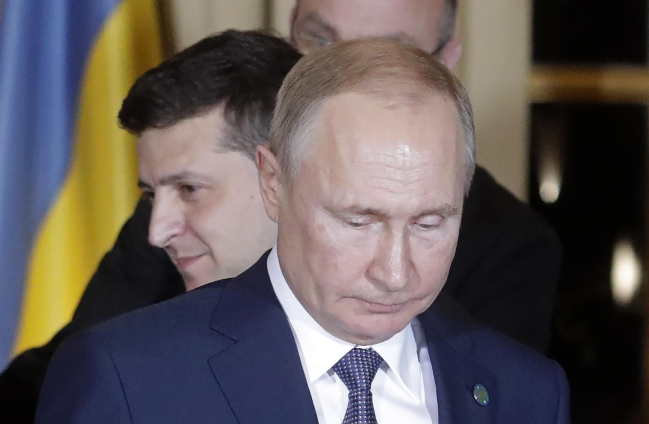 Как в России реагируют на обострение войны в Донбассе