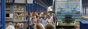 Укрзалізниця запускає додаткові потяги на травневі свята: перелік