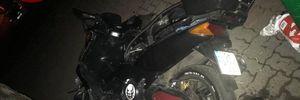 У Києві водій мопеда тікав від поліції, але влетів у стовп: фото