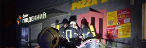 38 вогнеборців проти однієї фритюрниці: в Одесі горів ресторан — фото, відео