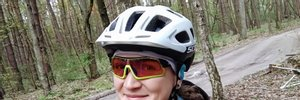 На трассе под Киевом насмерть сбили велосипедистку