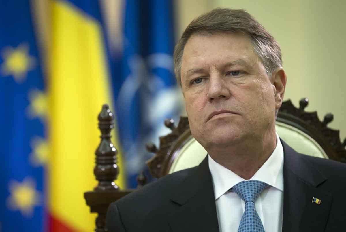 Президент Румынии призвал НАТО усилить войска в восточном фланге