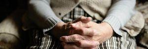 Избил 80-летнюю бабушку: в Днепре совершили ужасное преступление
