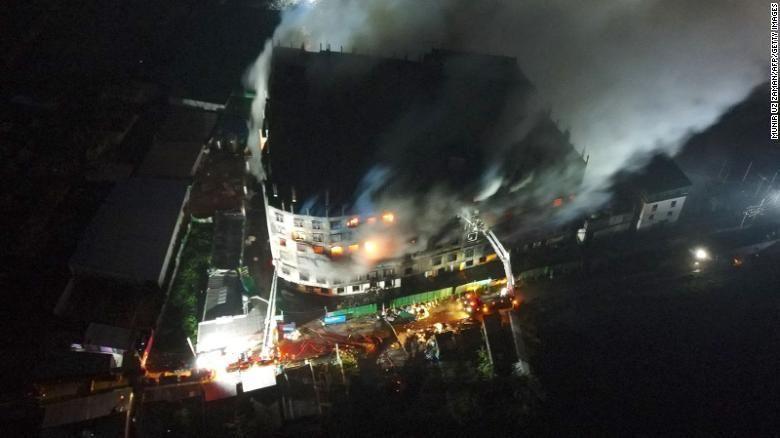 Пожежу у Бангладеші гасили всю ніч