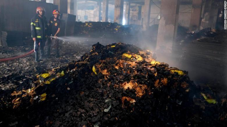 У пожежі загинули 52 людини