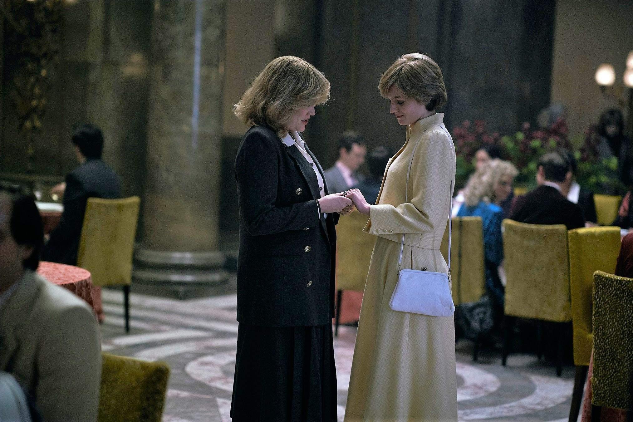 Принцеса Діана і Камілла Паркер у серіалі