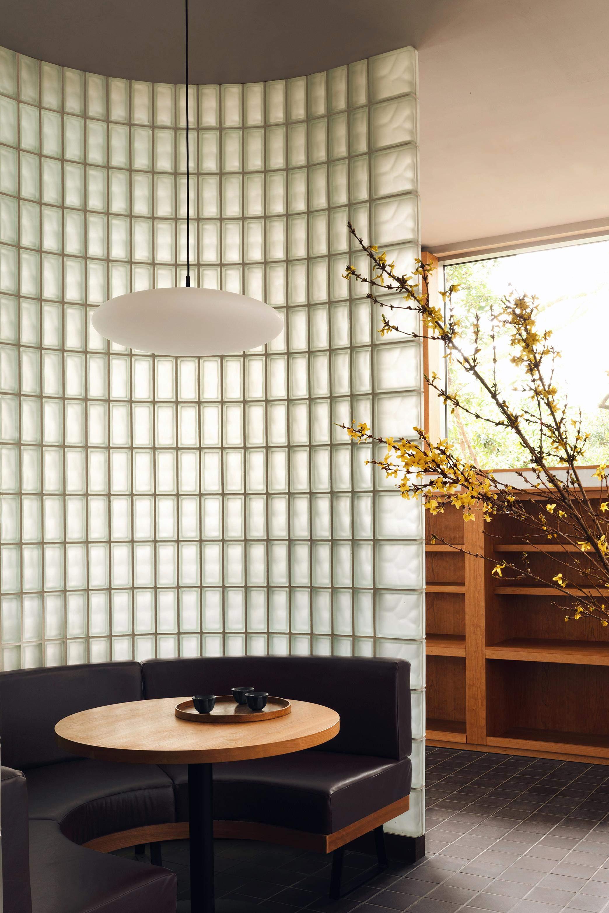 Дизайнери перетворили поштове лондонське відділення в суші-ресторан