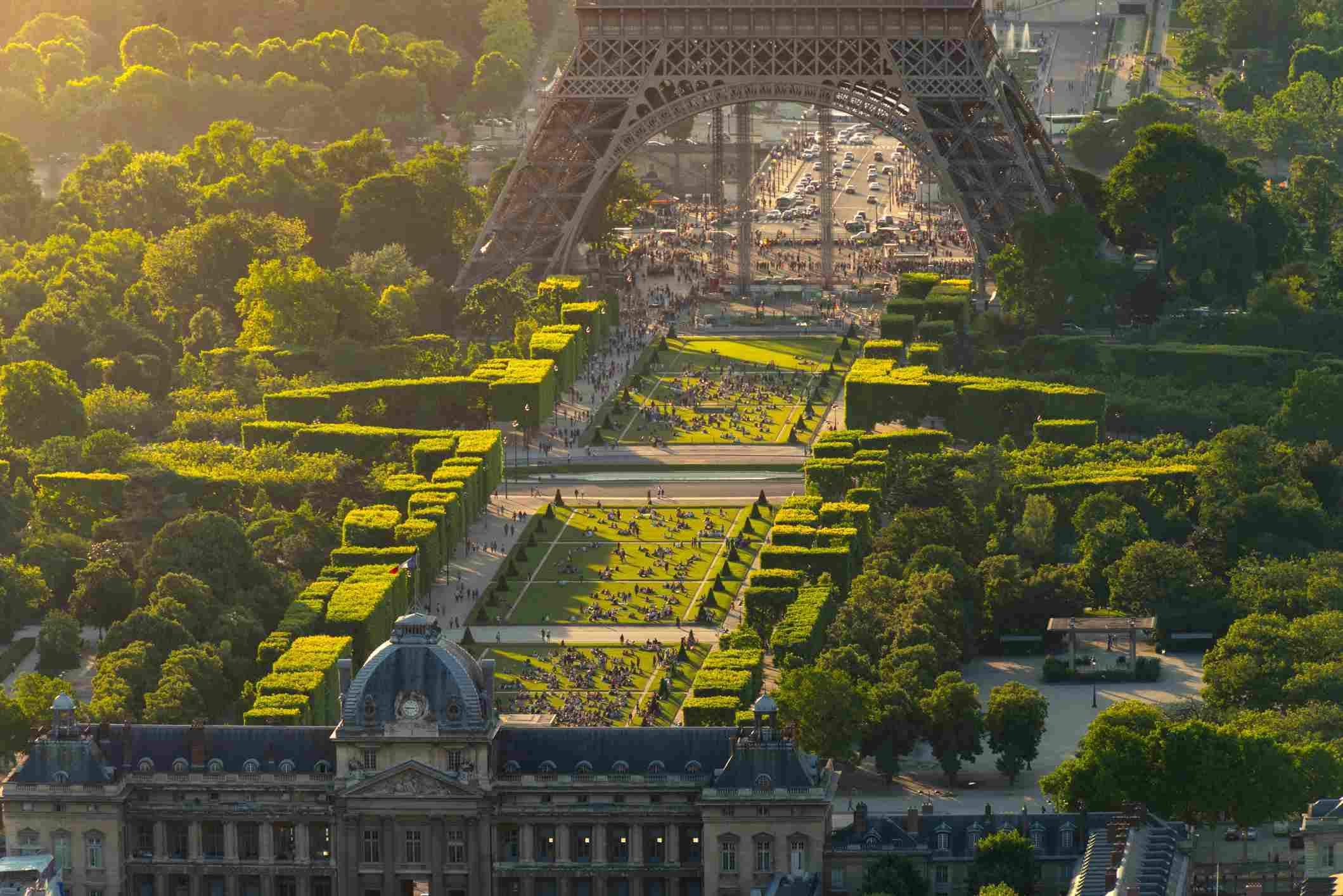 Єлисейські поля марсове поле Париж туристичні локації