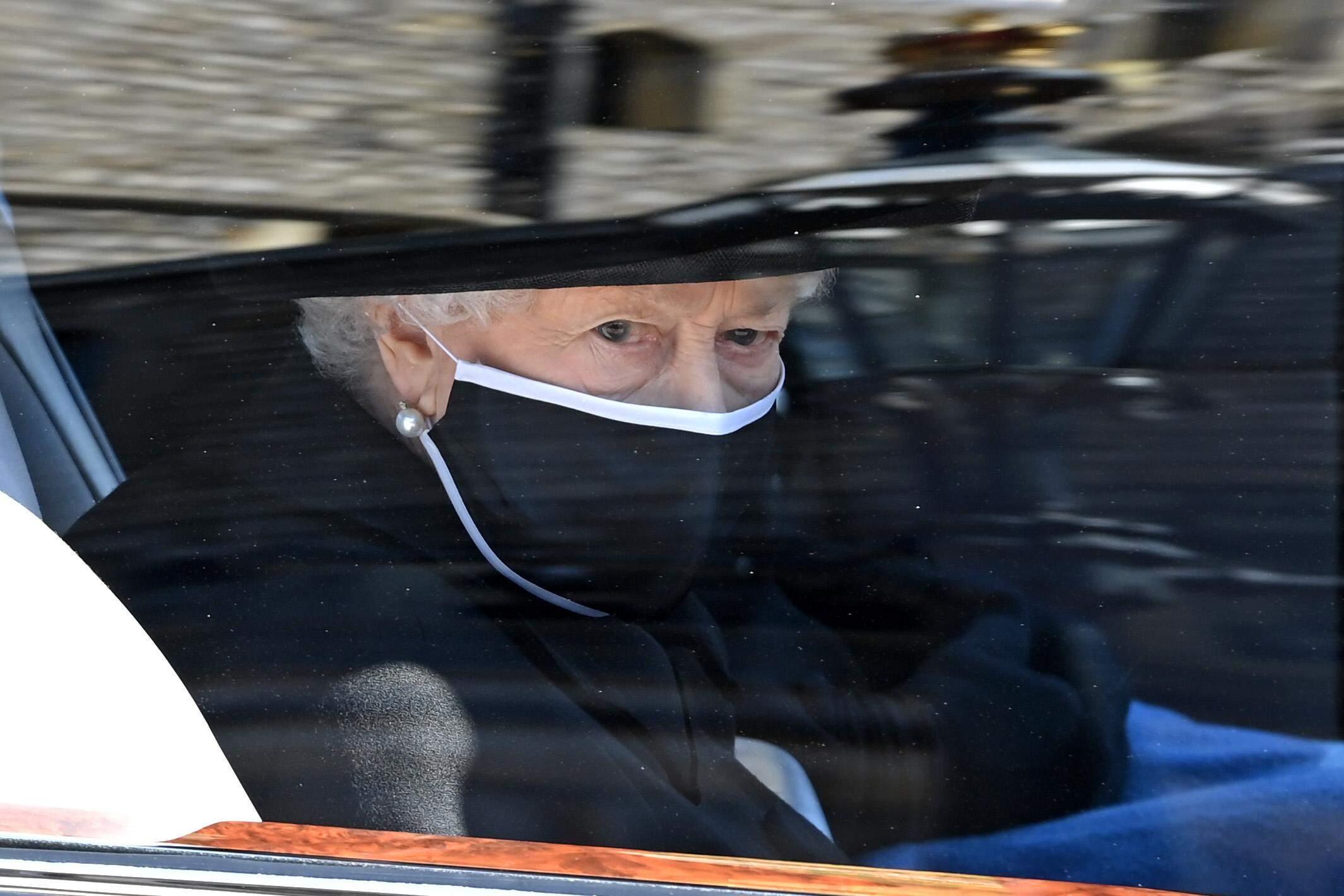 Єлизавета II  похорон принца Філіпа
