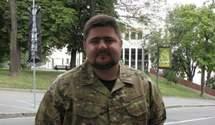 Боєць батальйону МВС: Нам видали аптечку з пінцетом і гребінцем для брів
