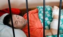 Какое решение вынес суд в отношении врача, который свидетельствовал против Насирова